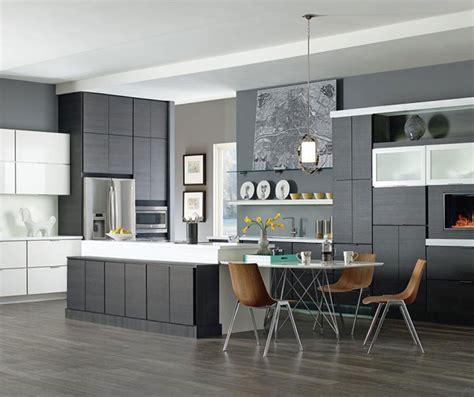 kitchen cabinets backsplash laminate cabinets in contemporary kitchen design kemper