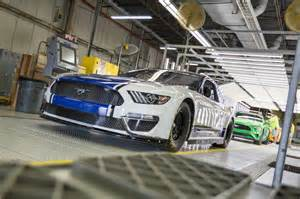 Ford Mustang NASCAR Cup Race Car Revealed Ahead of Daytona 500 Debut - The News Wheel