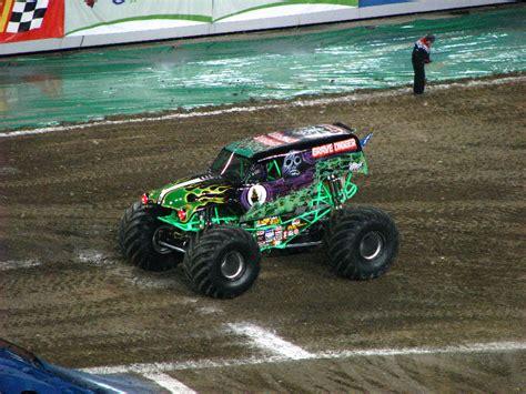 monster truck shows in florida monster jam raymond james stadium ta fl 045
