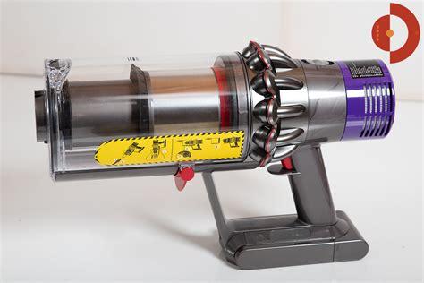 dyson v10 test dyson cyclone v10 absolute test akkustaubsauger akku