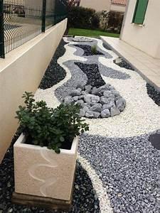 idee decoration jardin noir With modele de jardin avec galets 1 terrasse bois exotique jardin zen et fontaine youtube