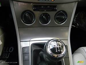 2008 Volkswagen Passat Turbo Sedan 6 Speed Manual