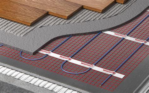 tipi di riscaldamento a pavimento quali e quanti sistemi radianti a pavimento esistono