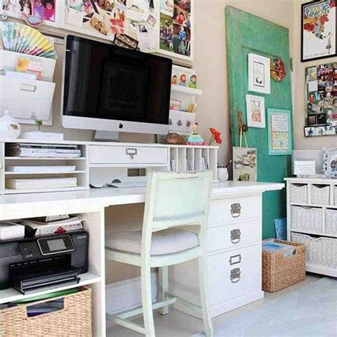 28 New Work Office Decorating Ideas Pictures Yvotubem