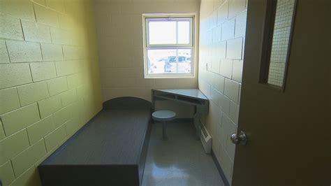 chambre isolement en psychiatrie mesures d 39 isolement pas d 39 augmentation au centre