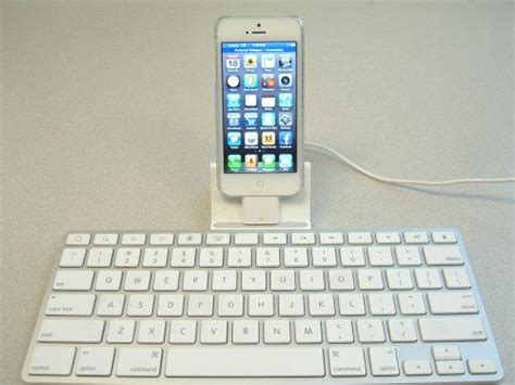 keyboards for iphone using an apple keyboard dock with your iphone 5