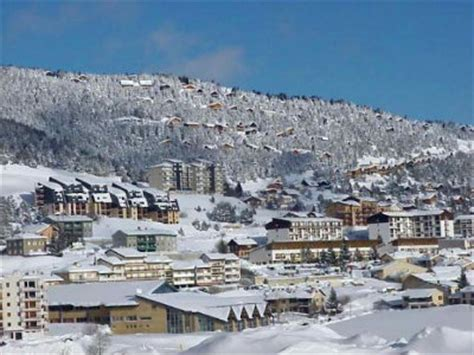stations de ski des pyr 233 n 233 es orientales skier dans les pyr 233 n 233 es orientales