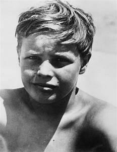 young Marlon Brando | Marlonbrandando | Pinterest | Marlon ...