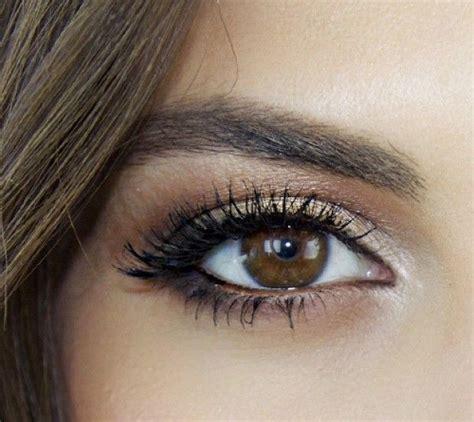 Comment maquiller des yeux verts