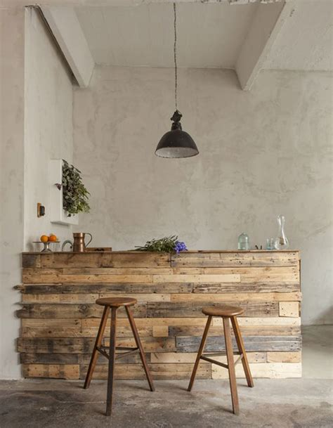 table de cuisine en palette awesome palette en bois transforme en bar de cuisine with