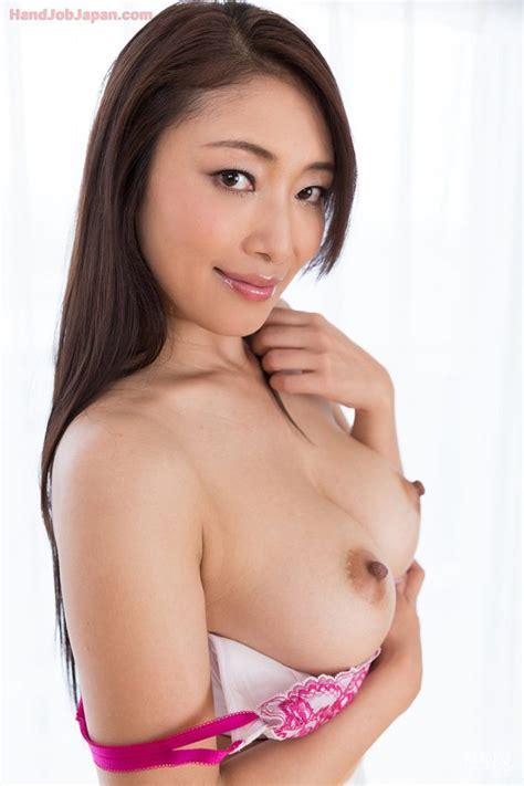 Milf Jav Idol Reiko Kobayakawa Rocks A Dick For Sticky Tekoki