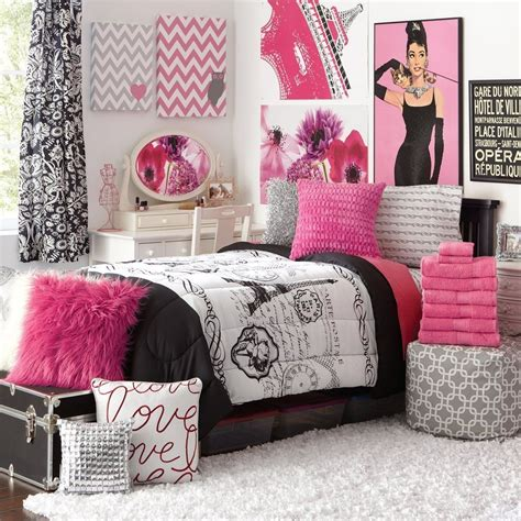 Teens Paris Bedroom Decor  M's Room  Paris Bedroom