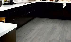 Parkett In Küche : graues parkett richtig kombinieren 20 ideen und inspirationen ~ Markanthonyermac.com Haus und Dekorationen