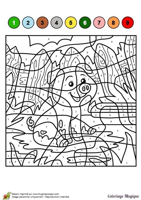 dessin  colorier dun coloriage magique cm cochon dans