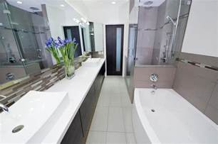 pinterest long narrow bathroom bathroom ideas and narrow