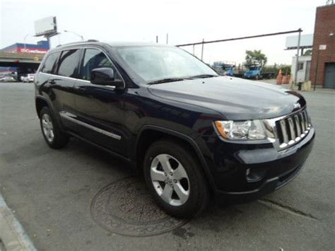 totaled jeep grand cherokee buy used jeep grand cherokee laredo 4x4 3 6l salvage no