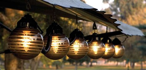 Outdoors Lanterns : Ways To Light Up Your Patio