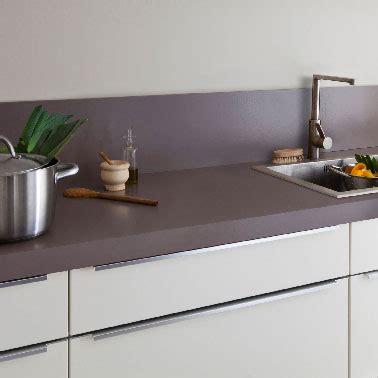 peinture pour mur de cuisine carrelage grise mur taupe