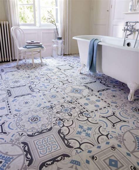 carrelage salle de bain un shopping tendance pour la r 233 nover c 244 t 233 maison