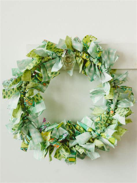 kids craft   easy rag wreath hgtv
