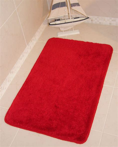 bright bathroom rugs 17 best ideas about bathrooms on