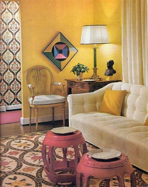 creative decorating   budget  vintage home