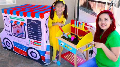 Wendy Pretend Play Cooking With Food Truck Tent & Wooden