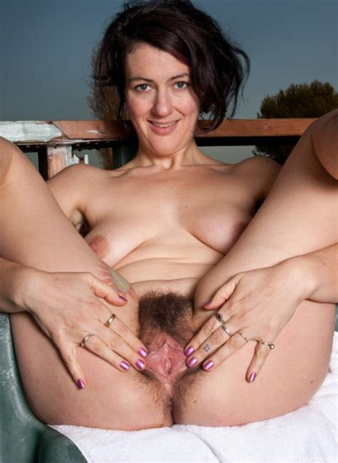 Mature Gaping Her Pussy In Gallery Mature Sluts Gaping Their Pussies Picture