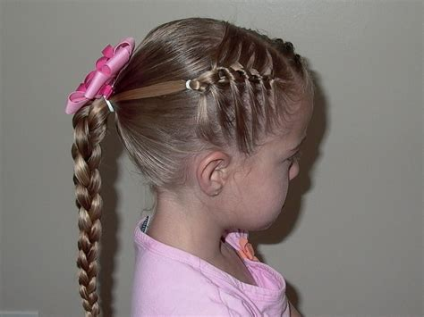 girls hairstyles daisy chain  knotted braid