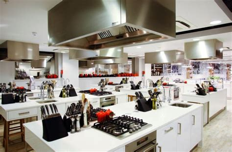 Kitchen Engine Cooking Classes by S Best Cookery Schools Learn From The Best Chefs