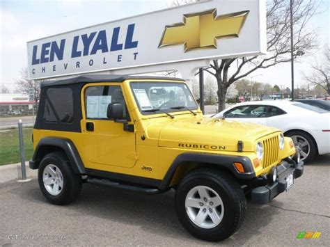 yellow jeep interior 2004 solar yellow jeep wrangler rubicon 4x4 28936603