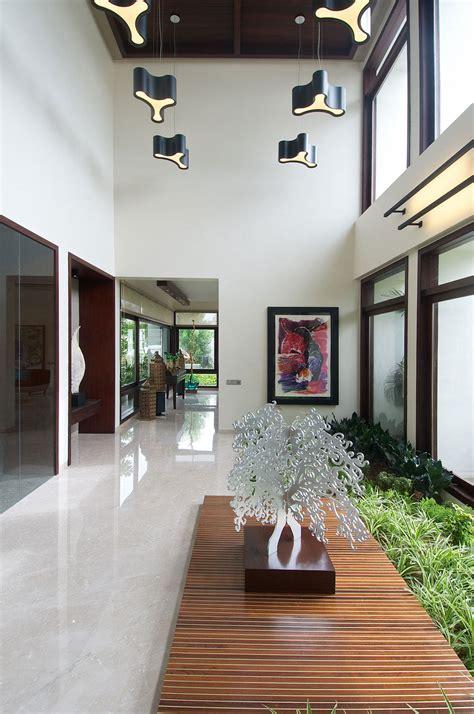 contemporary house  ahmedabad india  hiren patel
