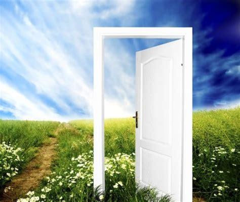 a2 bureau laon porte qui s ouvre 28 images porte qui s ouvre dans les
