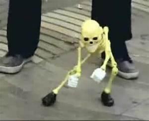 Skeleton Puppet Dancing - Coub