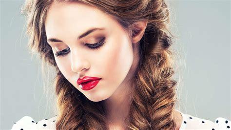 beautiful women hd wallpaper  images