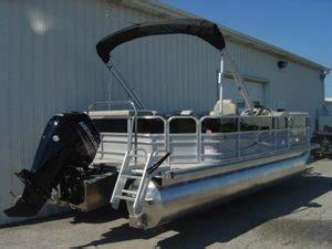 Pontoon Boat Rental Traverse City Mi by Pontoon Boat Rentals Traverse City Mi Brian S Pontoon
