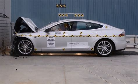 crash test si鑒e auto 2013 tesla model s crash tests what cars to compare it to