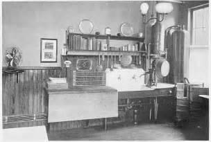 period homes and interiors magazine laurelhurst craftsman bungalow period kitchen photographs