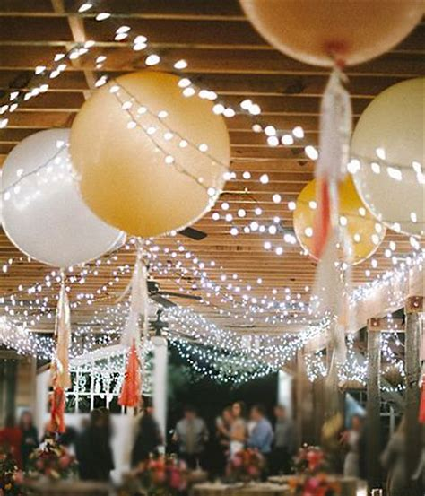 35 giant balloon wedding ideas for your big day deer