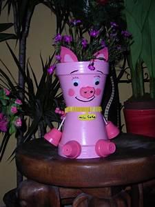 Creation Avec Des Pots De Fleurs : creations de nathalie personnages en pots de terre cuite ~ Melissatoandfro.com Idées de Décoration