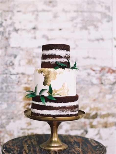 naked cakes        practical wedding