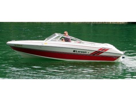 Larson Runabout Boats by 1989 Larson Boats For Sale