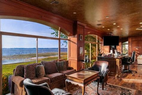 65+ Home Offices with an Area Rug (Photos) - Home Stratosphere