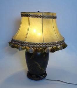 Lampe Frau Mit Schirm : design stil 1920 1949 art d co lampen leuchten antiquit ten ~ Eleganceandgraceweddings.com Haus und Dekorationen
