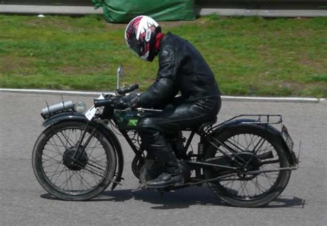 1927 Royal Enfield Type 352 Classic Motorcycle Pictures