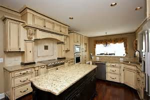 Off White Cabinets With Brown Glaze 5 gorgeous pairs for antique white cabinets midcityeast