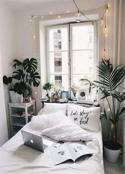cute diy dorm room decorating ideas on a budget 43