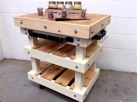 pallet kitchen island butcher block pallet kitchen island 45 pallets 1406