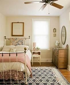 les 35 exemples de la chambre a coucher feminine With tapis chambre bébé avec epilobe petite fleur
