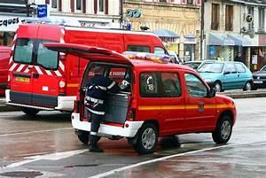 Siphonner Une Voiture : p nurie d 39 essence il meurt lectrocut en tentant de siphonner une voiture lectrique l 39 cho ~ Medecine-chirurgie-esthetiques.com Avis de Voitures